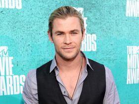 Chris Hemsworth Talks Liam And Miley's Engagement!