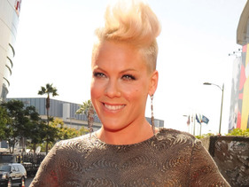 Pink Reveals Why She Loves Australia!