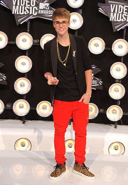 Photos | 2011 MTV EMA Nominees - Justin Bieber at the 2011 MTV VMA.