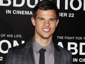 Is Taylor Lautner Dating Ashley Benson?